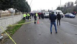 Uşak'ta feci kaza, alkollü ve ehliyetsiz sürücü durağa daldı: 3 ölü