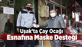 Uşak'ta Çay Ocağı Esnafına Maske Desteği
