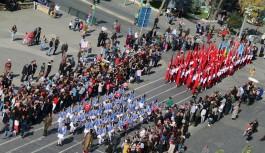 Uşak´ta 29 Ekim Cumhuriyet Bayramı yapılan...