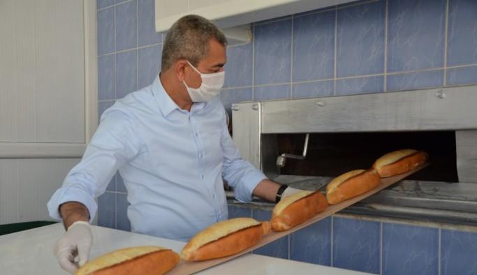 Koçarlı Menderes'in ilk ekmeğini Başkan Kaplan eliyle yaptı