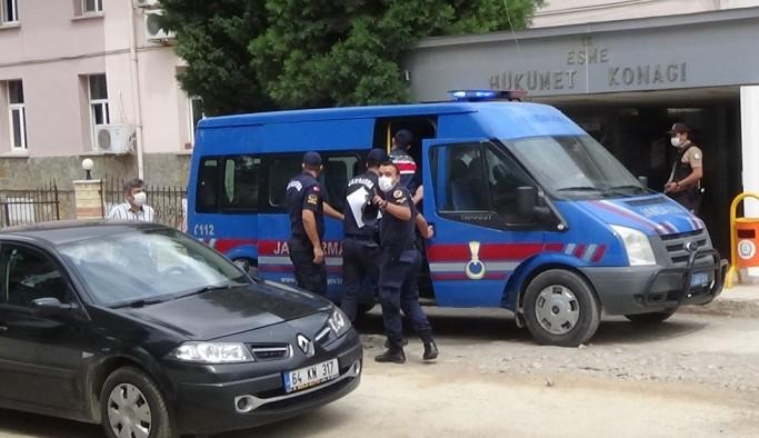 Uşak'ta annesi ile birlikte polis ve bekçileri yaralayan zanlı tutuklandı