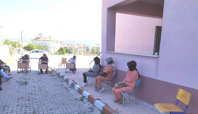 """Hisarcık'ta ana sınıfı ve lise öğrencileri için, """"Dijital Defterim"""" projesi"""