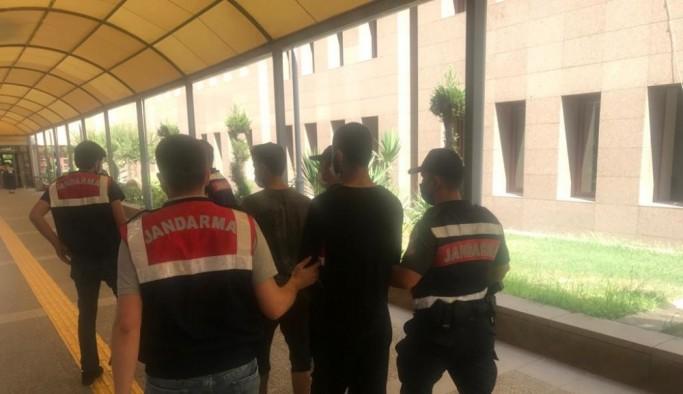 Mevsimlik işçilerin arasında çalışan 2 YPG Terör Örgütü mensubu yakalandı
