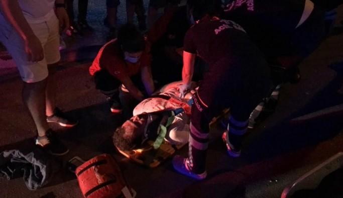 Motosiklet yayaya çarptı: 1 ağır yaralı