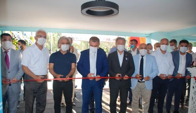 Radikal Okulları Bornova Kampüsü hizmete açıldı