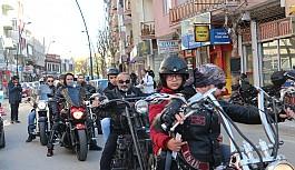 Uşak'ta Özel Bir Motosiklet Kulübü Engelli Çocuklar İle Şehirde Tur Attı